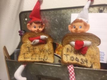 Elf on the Shelf Toasty Warm tamcam10 1