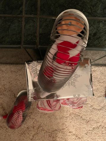 Elf on the Shelf tamcam10 Slinky 2