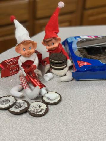 Elf on the Shelf tamcam10 Tooth Past Oreos 2