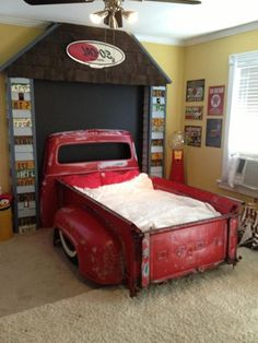 boys bedroom decor ideas truck bed