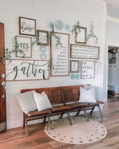 entryway decor ideas with vintage theater chairs (2)