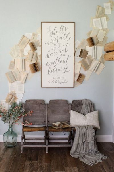 entryway decor ideas with vintage theater chairs (7)