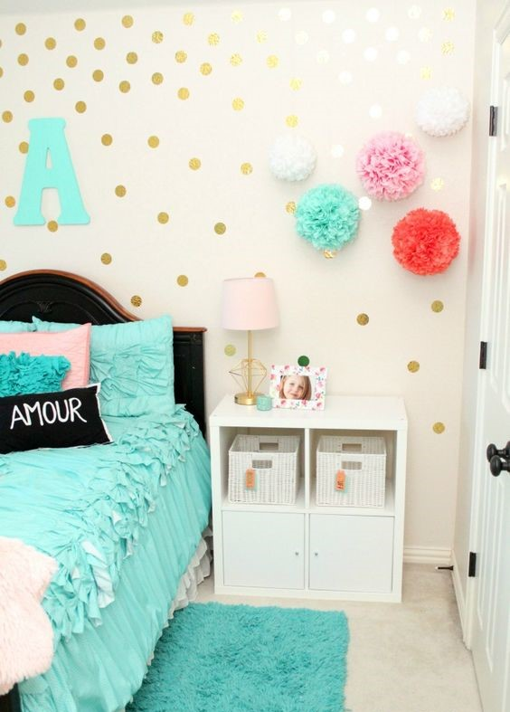girls bedroom decor ideas teal accent rug statement bed spread pom poms gold polka dots tamcam10